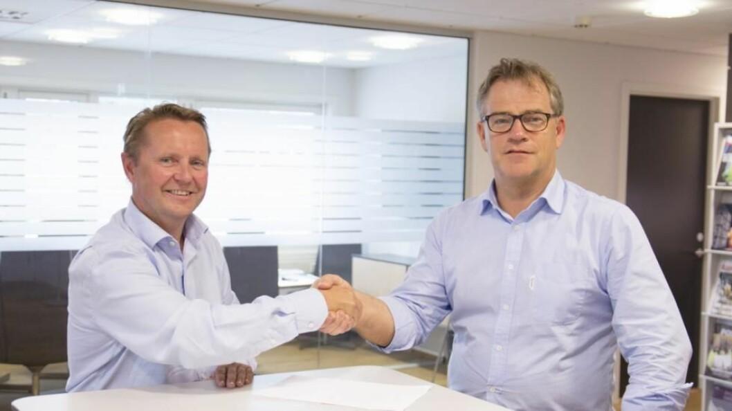 Optimera blir en ledende aktør innen markedet for flis og tilbehør etter oppkjøp av Flisekompaniet. Adm. dir. i Optimera Asbjørn Vennebo (t.h) og adm. dir. i Flisekompaniet Raymond Lund( t.v)
