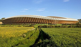 Verdens første fotballstadion av tre