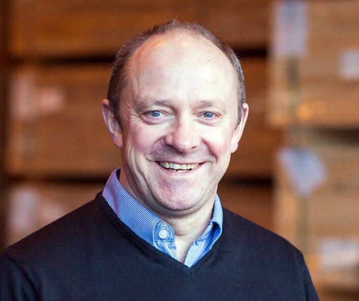 Salgsdirektør i Fritzøe Engros' industriavdeling, Ole Schei Hansen, har måttet doble importen av Accoya for å demme opp for økt etterspørsel i Norge. (Foto: Fritzøe Engros)