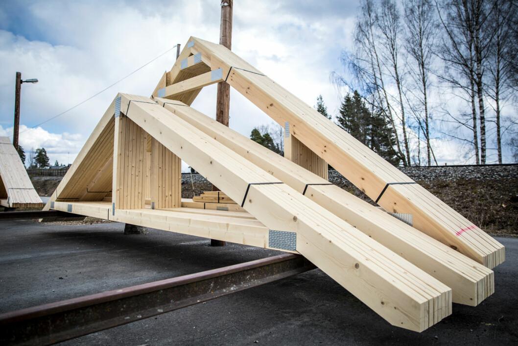Mjøstre AS har en sterk posisjon som takstolprodusent i sitt markedsområde og anlegget har produsert takstoler siden 1960 årene. (Foto: Optimera)