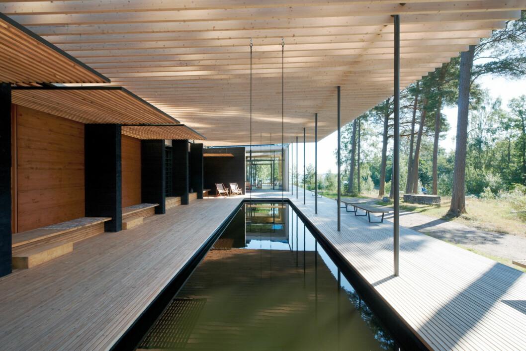 Tomtebo forest sauna i Sverige har omgivelser av tre som innbyr til ro og velvære. (Foto Åke Eson Lindman)