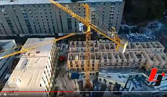 Se byggingen av Fantoft TRE