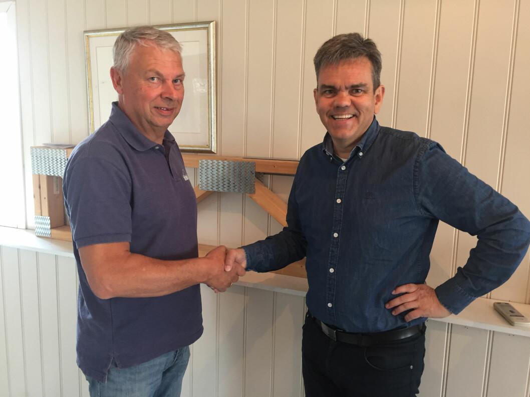 Dag Saxebøl, eier og daglig leder i Treteknikk AS og Stene Bergsløkken, direktør Byggsystemer i Optimera. (Foto: Optimera)