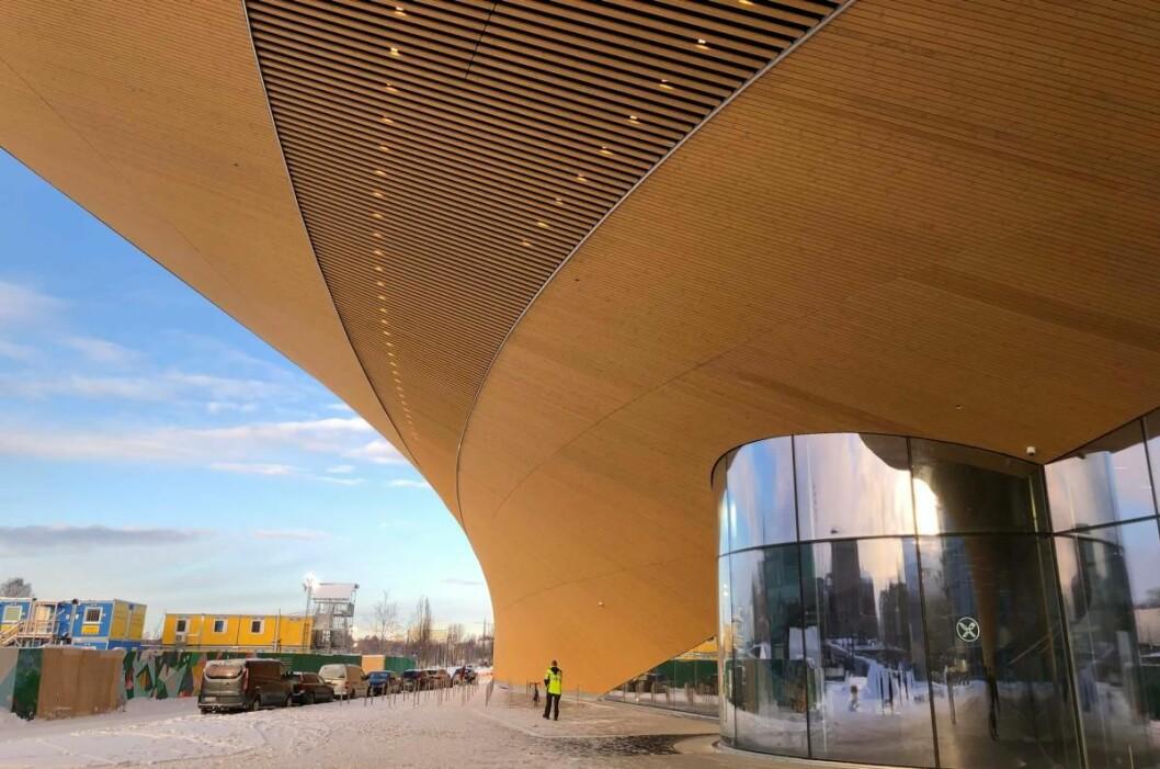 Oodi-biblioteket i Helsinki var et komplisert prosjekt. Timbeco, som blant annet leverte takelementene, lærte hvor viktig det er å 3D-skanne underveis for å få alt riktig. (Foto: Vadelmavene)