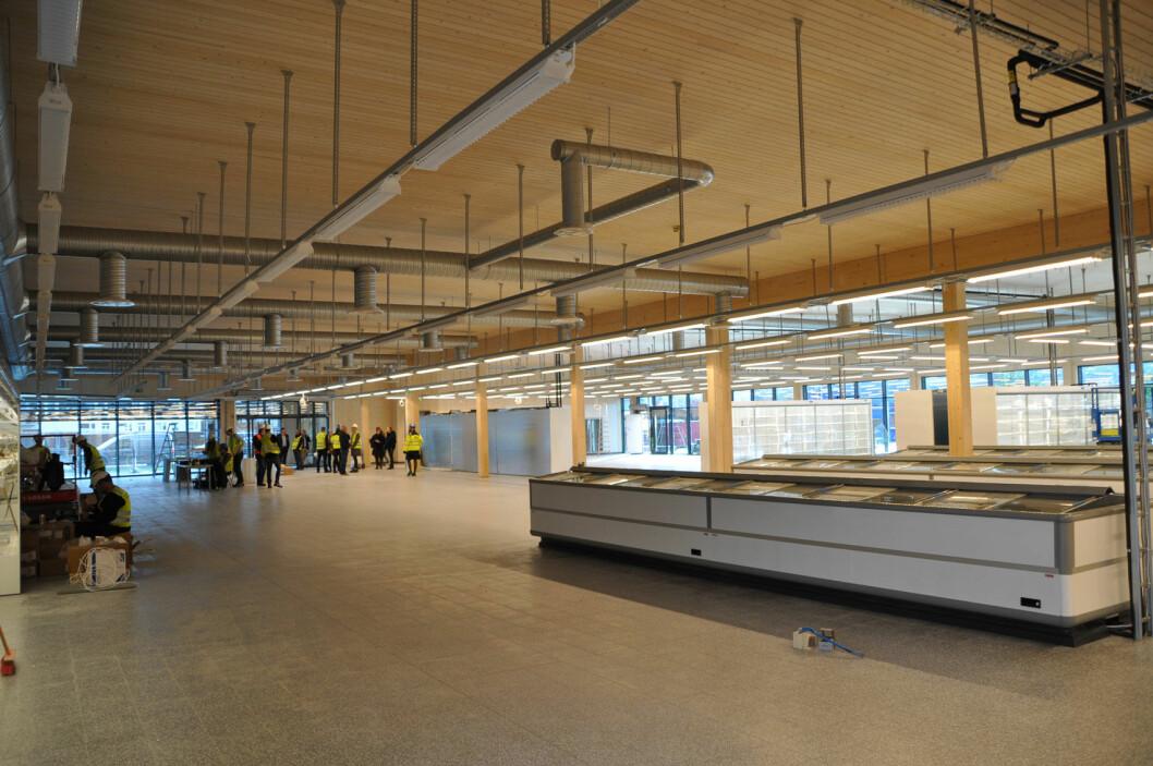 Bilde tatt to uker før åpning. I takkonstruksjonen er det brukt Kielsteg. (Foto: Per Skogstad, Treteknisk)