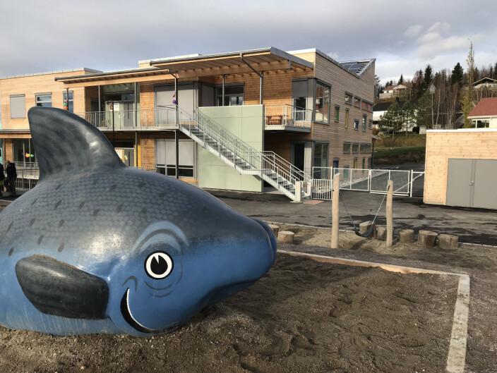 Overhalla kommune var tidlig ute med å bygge svanemerket barnehage i 2017.