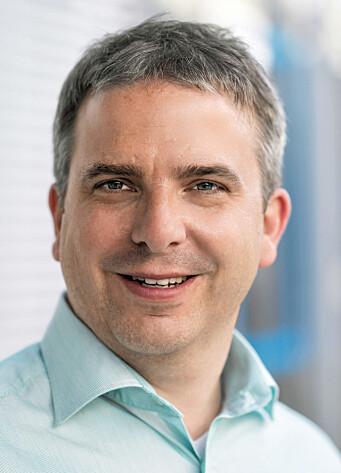 Nå gjelder det å spille med åpne kort og kommunisere med kunder og leverandører, melder Michael Hoffmeister.
