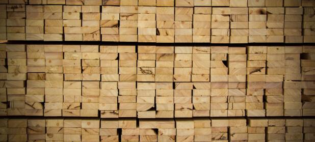 Sterk økning i salget av trebaserte byggevarer i mars