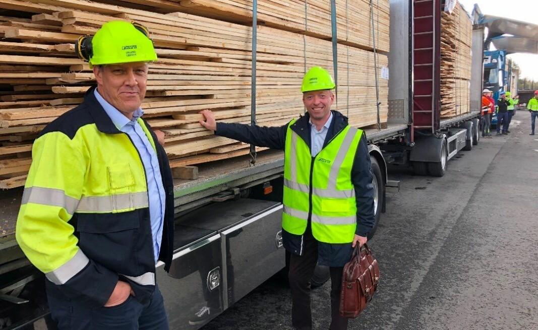 Administrerende direktør Erland Løkken i Bergene Holm AS og statssekretær John-Ragnar Aarseth (H).