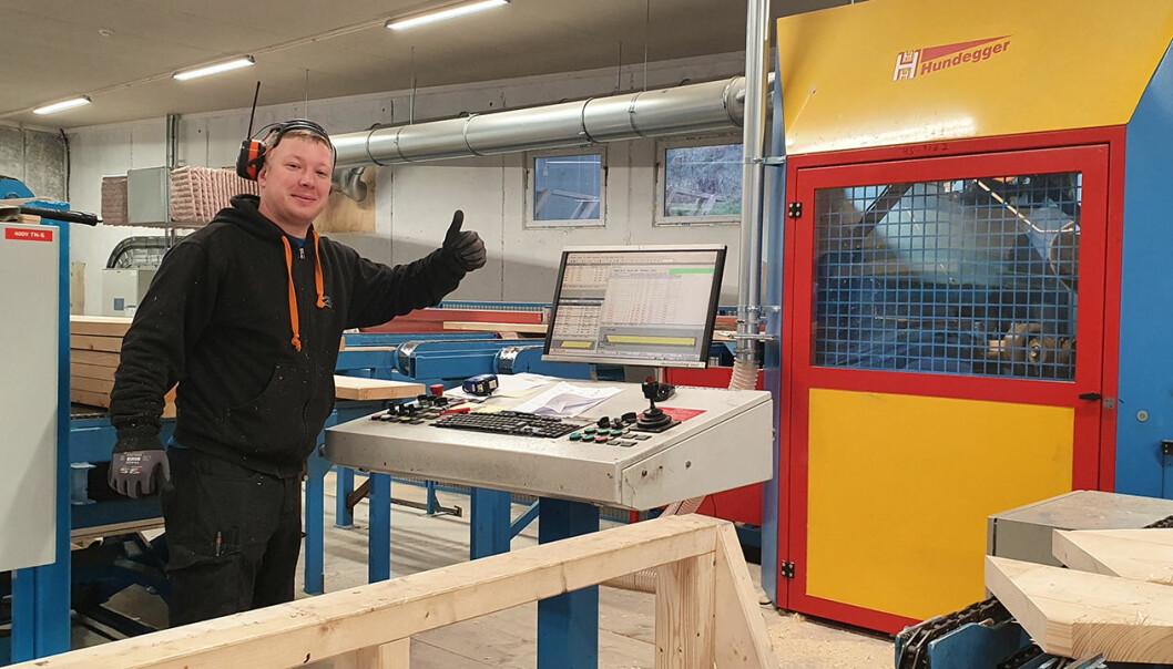 De ansatte er veldig fornøyd med den nye Hundegger-sagen på Naglestad.
