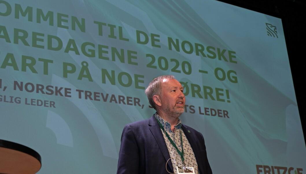 Norske Trevarer inviterer til trevaredager i mai 2021 – her styreleder Ole Olsen på de siste trevaredagene.