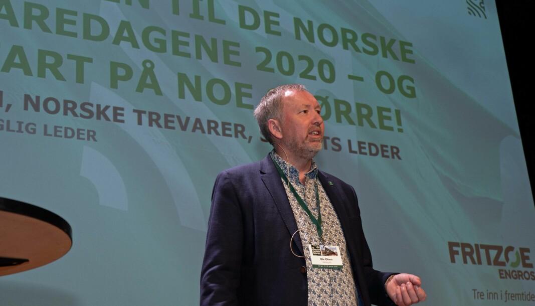 Norske Trevarer inviterer til trevaredager igjen – her styreleder Ole Olsen på de siste trevaredagene.