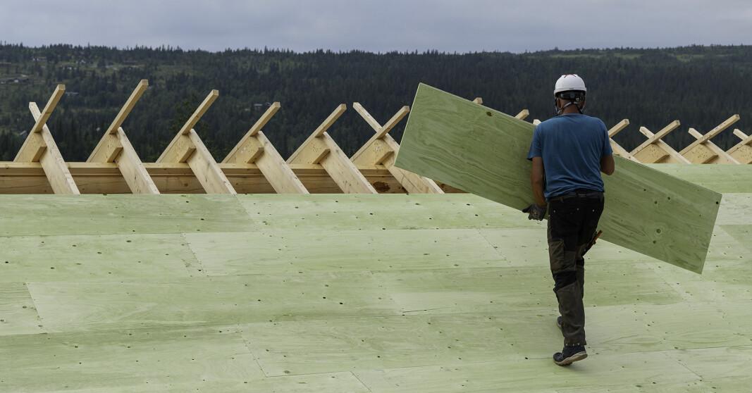 WeatherPly™ er utviklet for å forenkle byggeprosessen ved at undertak kan stå utildekket i byggeperioden.