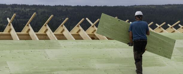 Moelven lanserer værbestandig konstruksjonsfinerplate