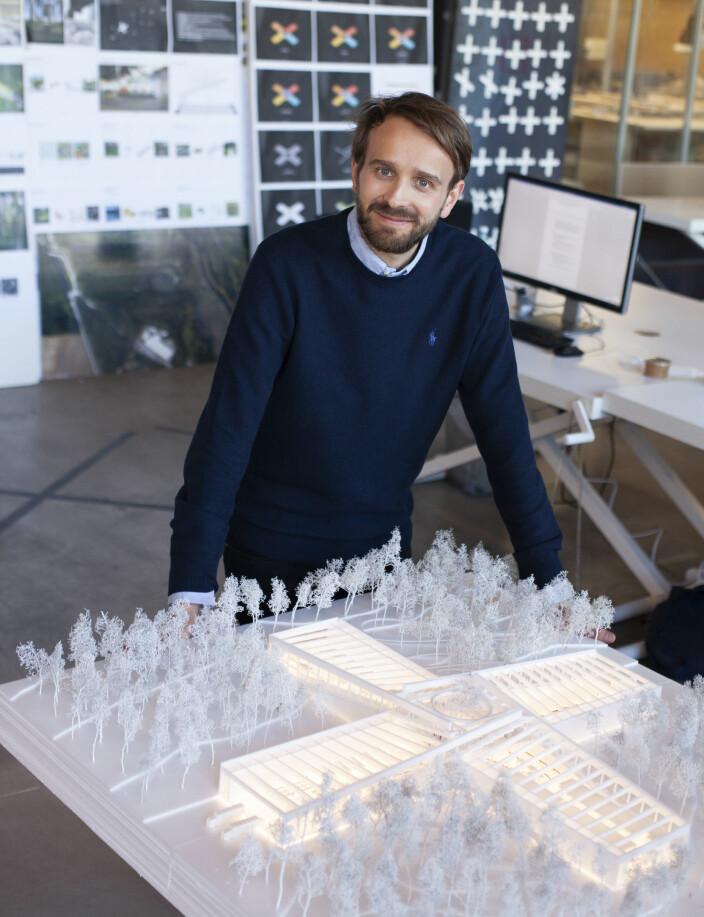 Jan Christian Vestre har fått mye oppmerksomhet rundt den nye møbelfabrikken på Magnor.